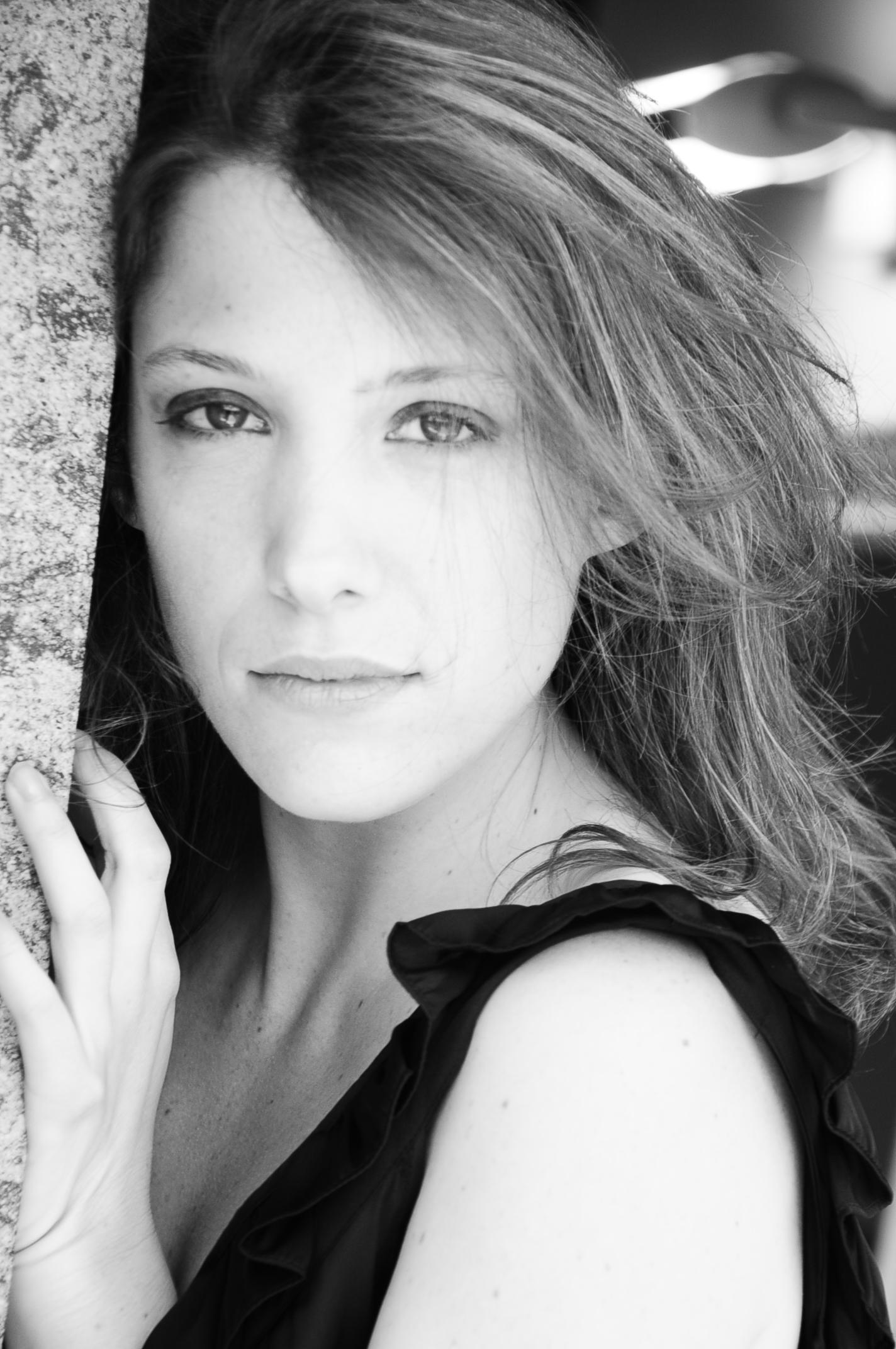 Cristina Puccinelli Actress 7